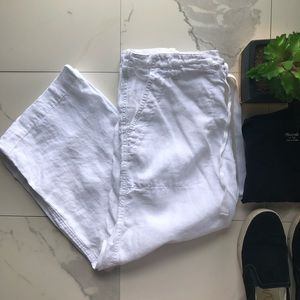 Vince. White Linen Cropped Pants